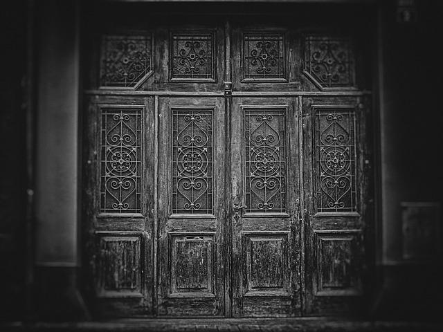 dveře a vrata