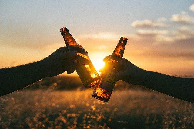Ťuknutí pivem